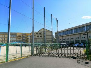 綾瀬小学校の画像1