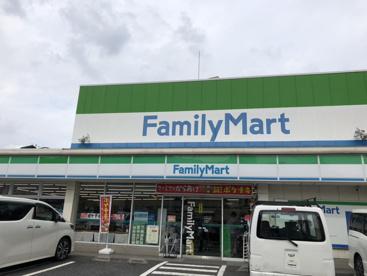 ファミリーマート赤羽岩淵町店の画像1