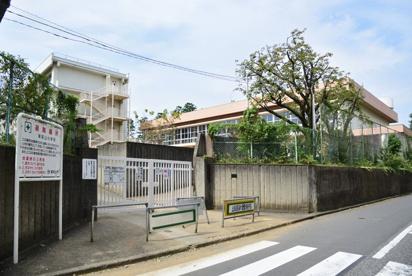 東村山市立東萩山小学校の画像1
