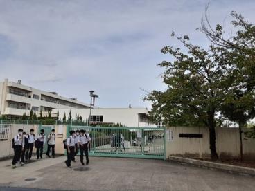 吹田市立 片山中学校の画像1