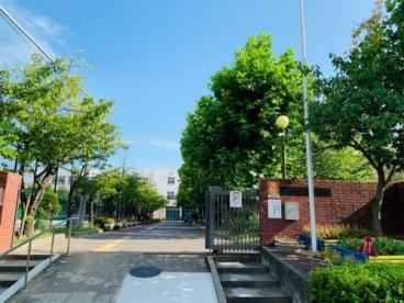 芦屋市立潮見中学校の画像1