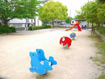 櫟本駅前公園の画像3