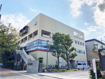 芦屋市立体育館・青少年センターの画像1