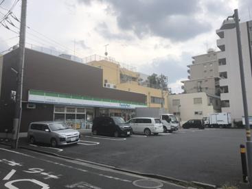 ファミリーマート小豆沢環七通り店の画像1