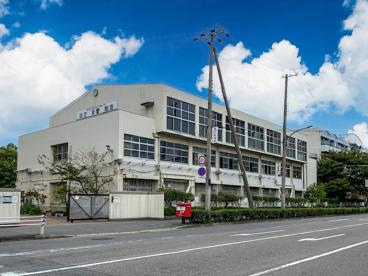 神戸市立魚崎中学校の画像1