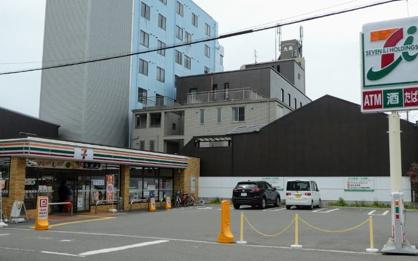 セブンイレブン 本田4丁目店の画像1