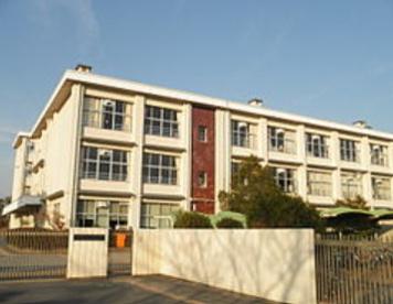 三木市立緑が丘東小学校の画像1