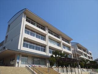 神戸市立垂水東中学校の画像1