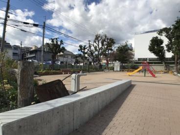 本山南町小公園の画像2