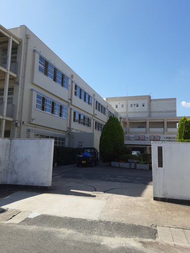 吹田市立 第五中学校の画像
