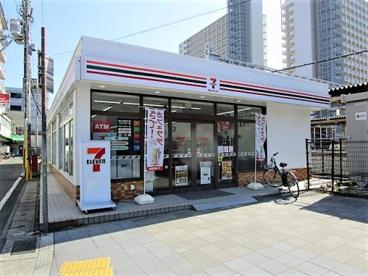 セブンイレブンハートインJR大久保駅北口店の画像1