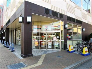 セブンイレブン明石大久保駅南口店の画像1