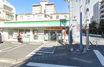 ファミリーマート TKD亀戸中之橋店の画像1