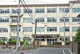 八王子市立第七中学校の画像1