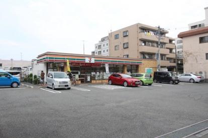 セブンイレブン 八王子狭間町店の画像1
