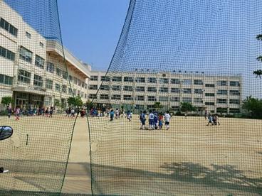 足立区立栗原北小学校の画像1