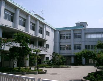 大阪市立松虫中学校の画像1