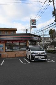 セブンイレブン 小倉工業高校前店の画像1