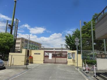 尼崎市立下坂部小学校の画像1