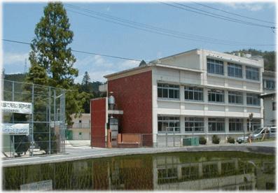 広島市立阿戸中学校の画像1