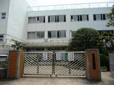 世田谷中学校の画像1