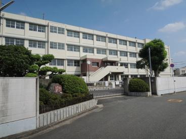 羽曳野市立高鷲中学校の画像1