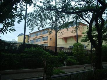 東深沢中学校の画像2