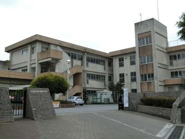 小山市立間々田東小学校の画像1