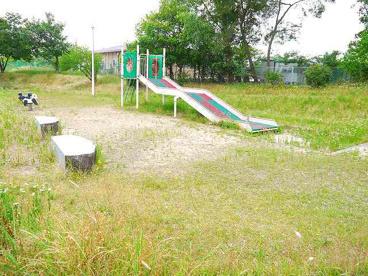 東登美ヶ丘4号児童公園の画像2