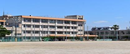 鴨池中学校の画像1