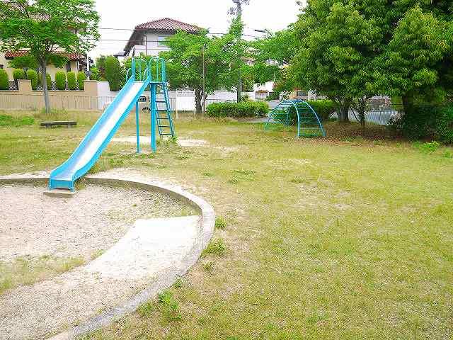 東登美ヶ丘2号児童公園の画像