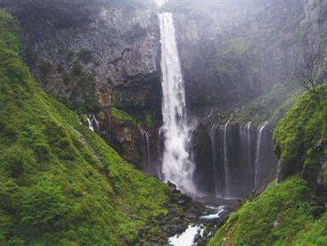 華厳の滝の画像1
