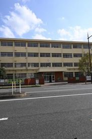 北九州市立足立中学校の画像1