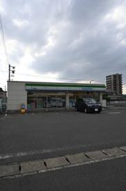 ファミリーマート 小倉熊本店の画像1