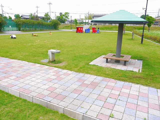 天理市長柄運動公園の画像