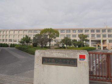 府中町立府中緑ケ丘中学校の画像2
