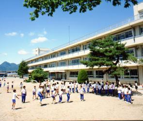 見前小学校の画像1