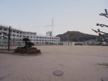 広島市立中野小学校の画像3