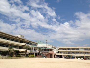 坂町立横浜小学校の画像1