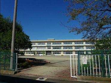 高崎市立吉井小学校の画像1