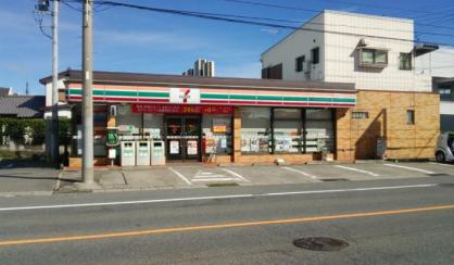 セブンイレブン 群馬吉井町店の画像1