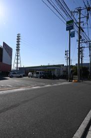 ファミリーマート 小倉TEXAS店の画像1