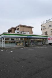 ファミリーマート 小倉井堀三丁目店の画像1