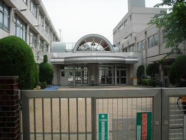松ヶ丘小学校の画像1