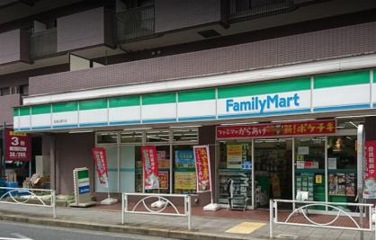 ファミリーマート 砧城山通り店の画像1