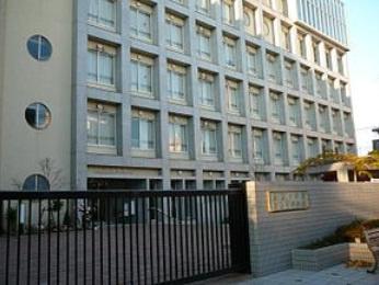 駒込中学校の画像1
