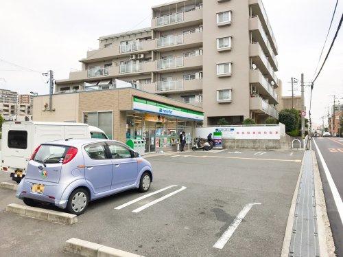 ファミリーマート 吹田長野西店の画像