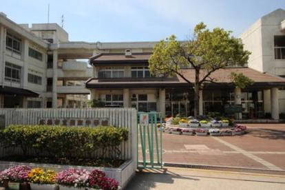 広島市立長束中学校の画像1