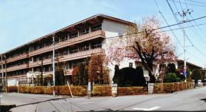 下小路中学校の画像1