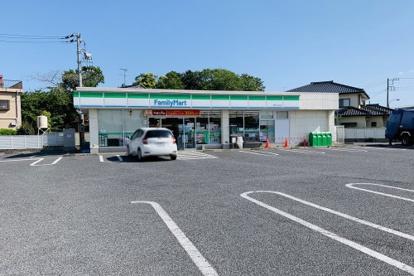 ファミリーマート長生七井土店の画像1